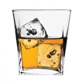 viski-bardagi-carre